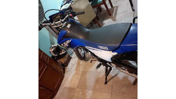 Vendo moto enduro calle Yamaha xtz 250
