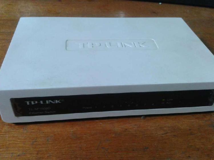 Switch 8 Bocas Tplink Tlsf1008d 10/100mbps