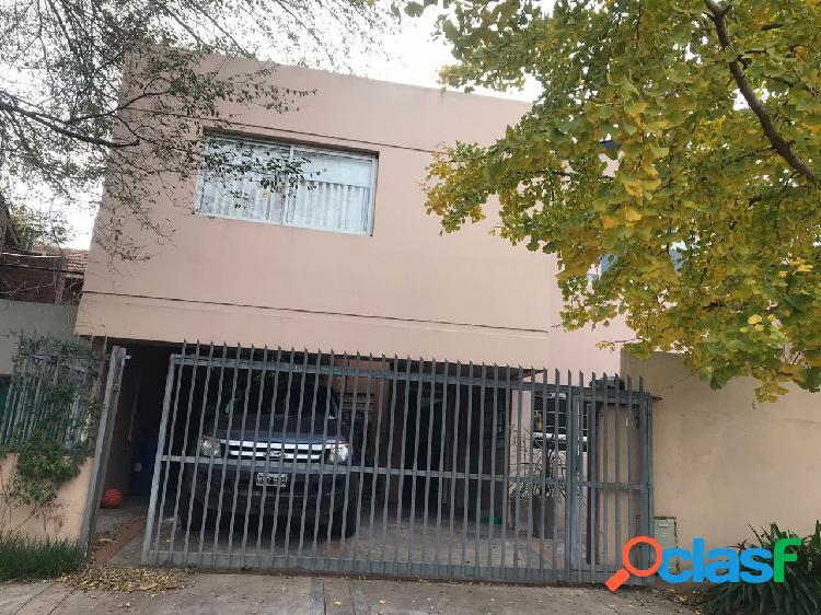Alquiler 24 meses - Casa 4 amb con jardín - Barrio San