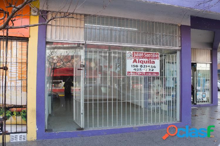 Alquiler local comercial sobre calle San Juan!!