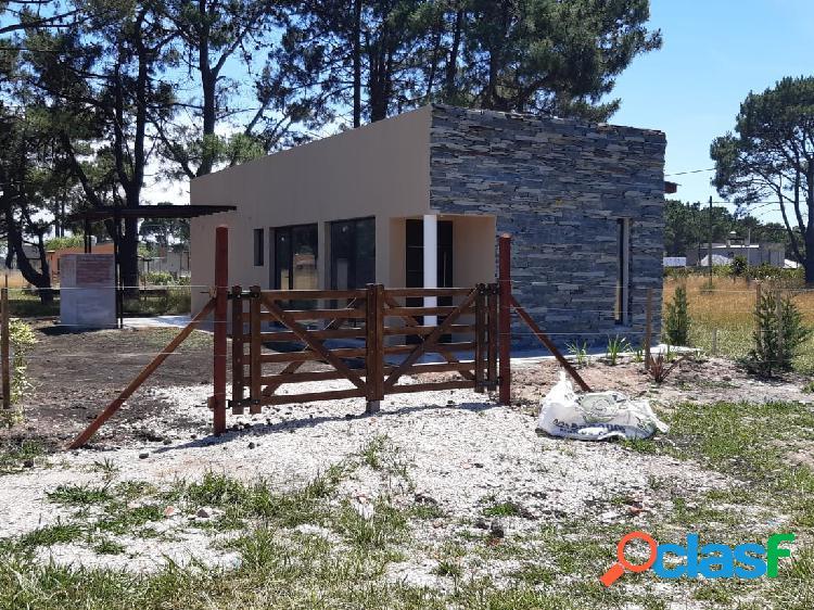 Chalet 2 ambientes a ESTRENAR en zona La Caleta EN VENTA!