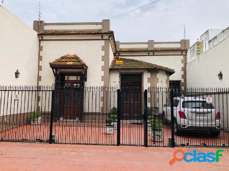 Chalet 4 ambientes en ALQUILER 36 MESES en barrio LA PERLA