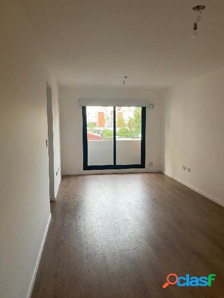 Departamento en venta de 1 dormitorio en Montevideo al 400.