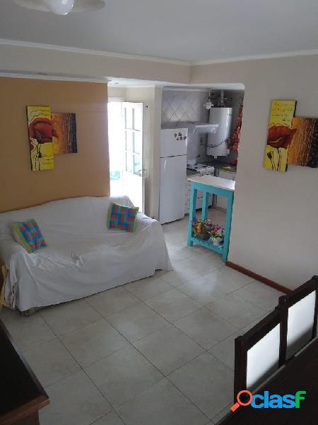 Duplex en Venta: Dos dormitorios Patio Garaje