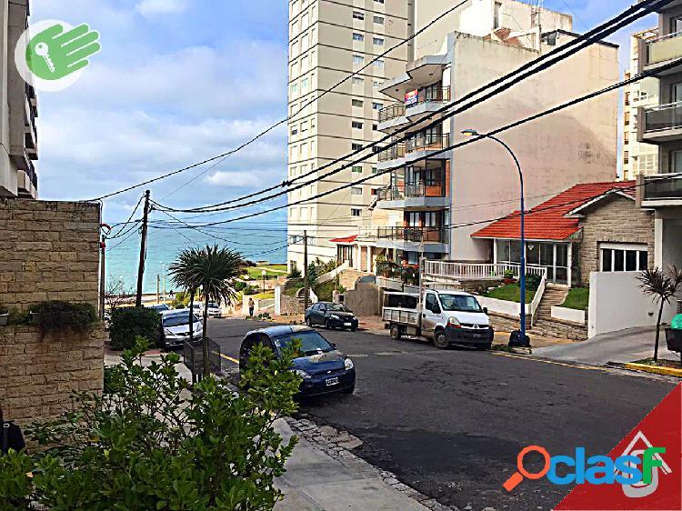 Playa Chica - Cerca del mar - Balcon corrido