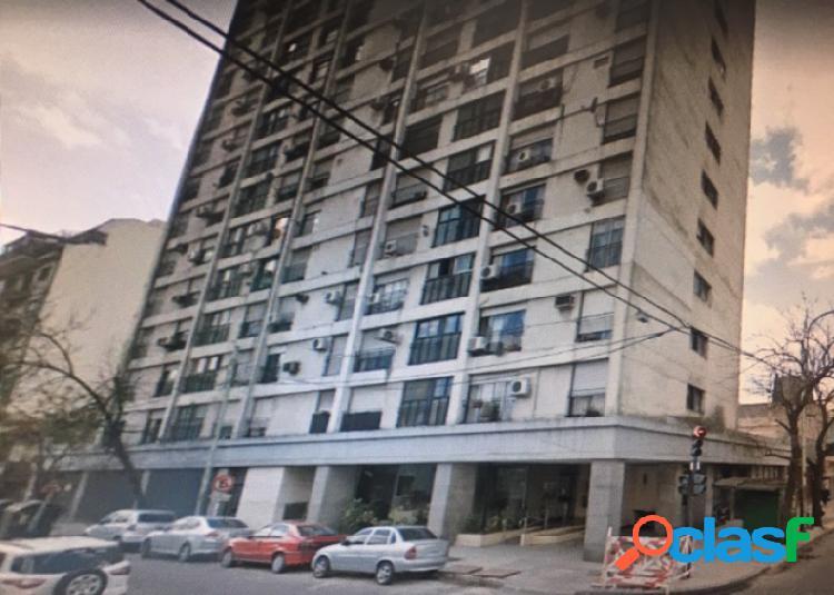 departamento 3 ambientes primer piso contrafrente con balcon