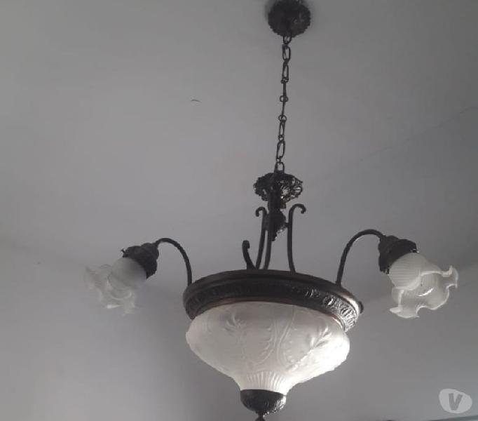Vendo lámpara de bronce antigua