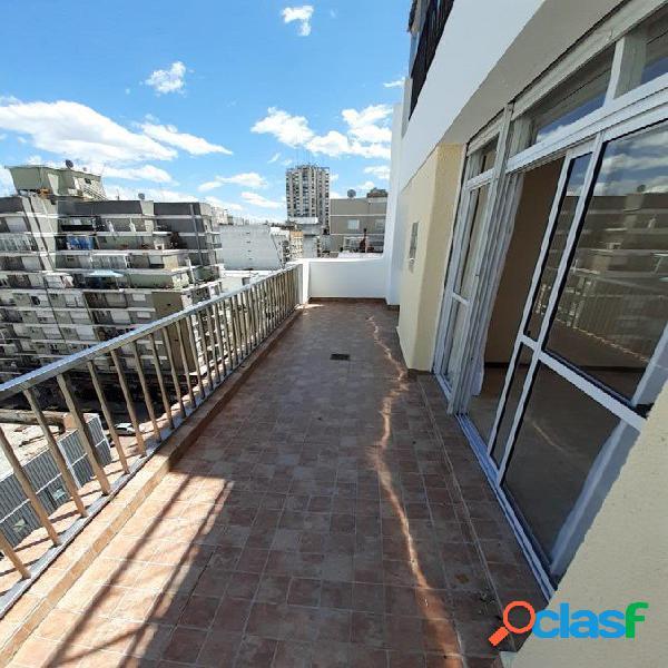 3 ambientes externo con balcón terraza zona centro