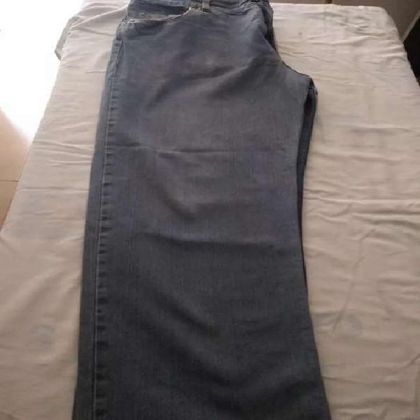 Pantalón de Jeans marca Le Utthe hombre talle 38