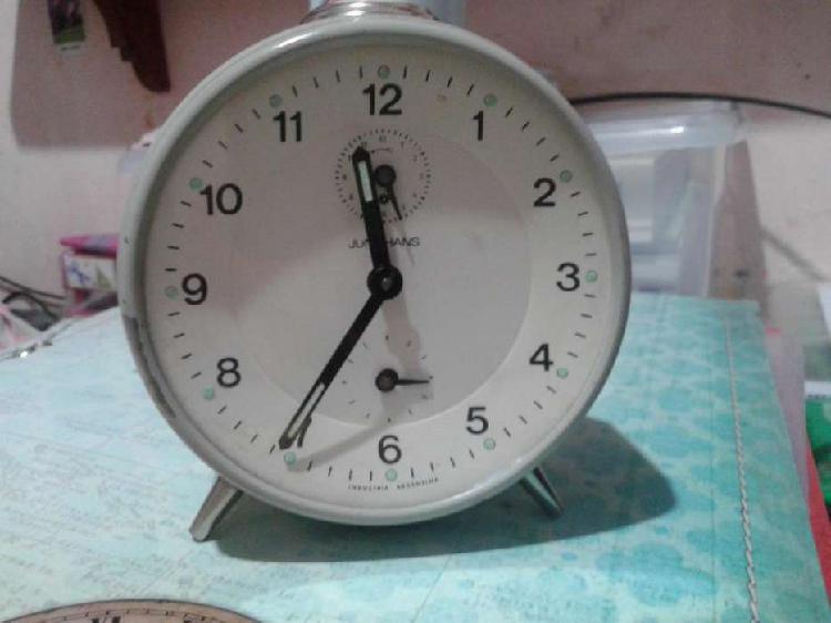 Reloj antiguo despertador a cuerda - JUNGHANS