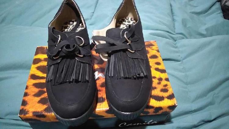 Zapatos de Gamuza Como Nuevos