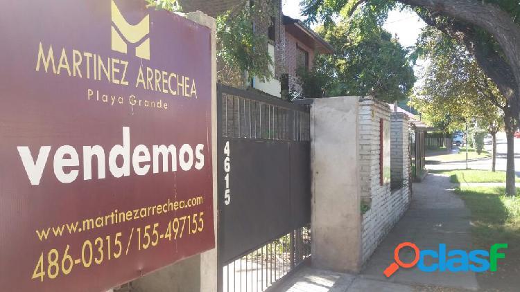 CASA DE 2 AMB CON IMPORTANTE TERRENO- SAN CARLOS-