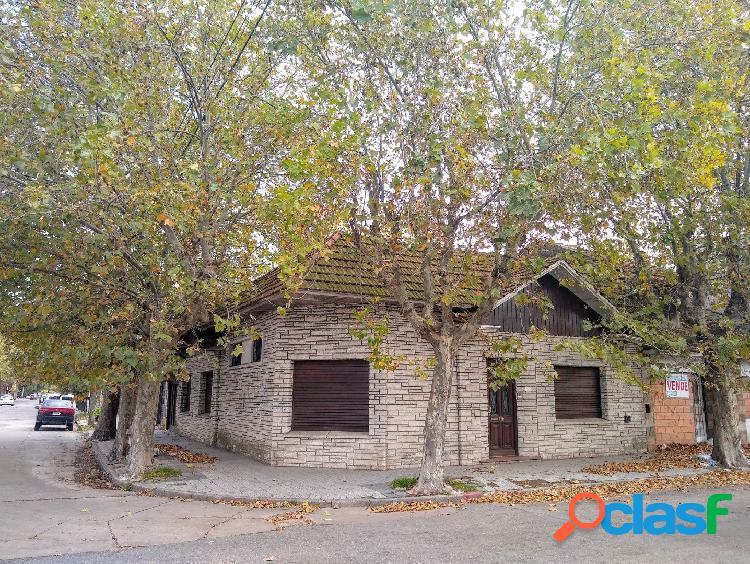 Casa 4 amb con cochera, terraza y quincho