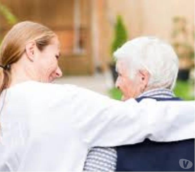 Se ofrece, se;ora para cuidado de personas mayores