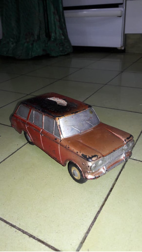 Auto Duravit Antiguo Fiat  Bordó Cuatro Puertas