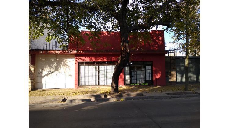 Local Comercial en Ciudad, 600 m2 C/Galpón cubierto,