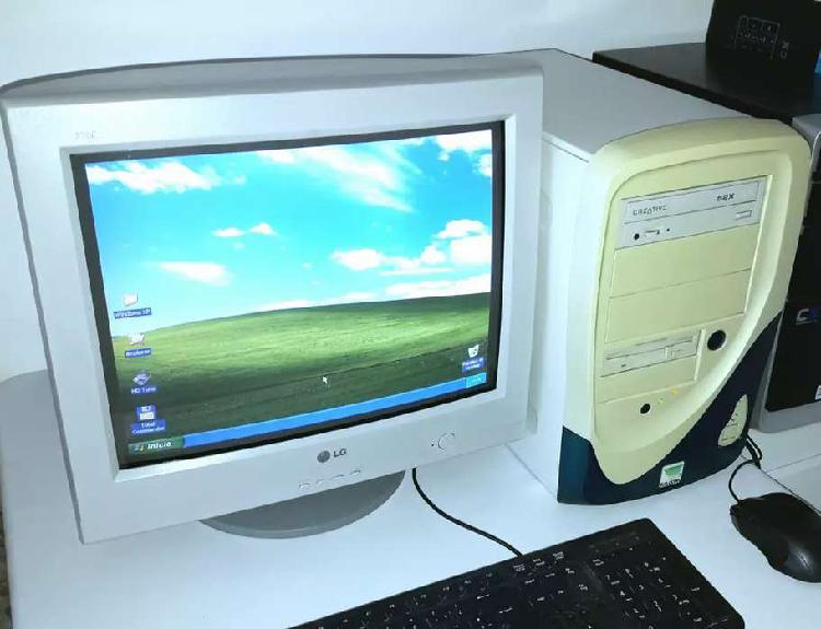 PC de escritorio antigua