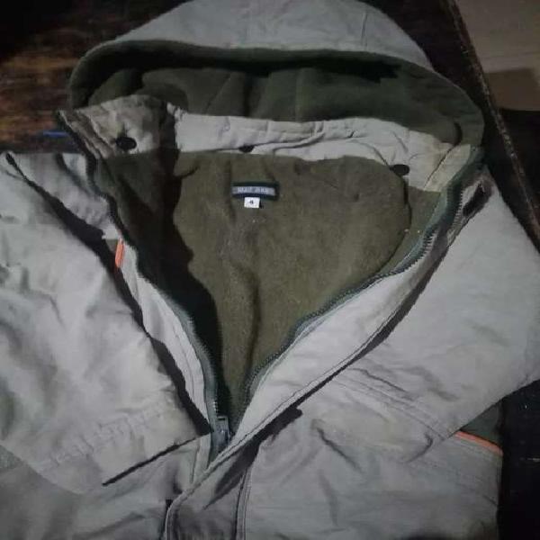 Vendo campera de abrigo niño
