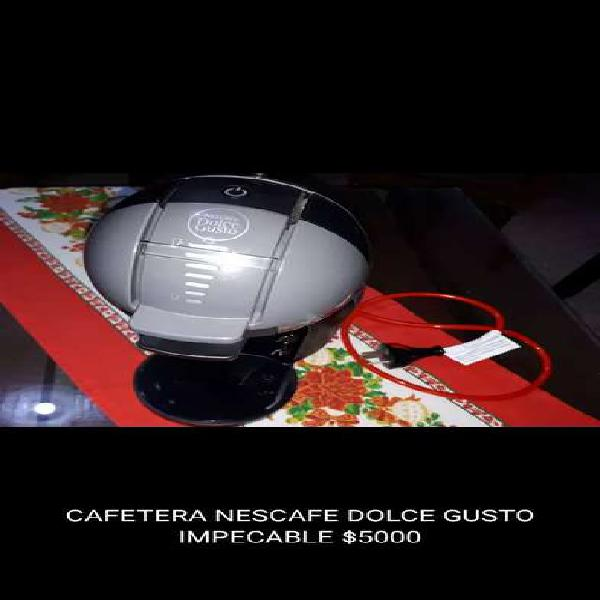 CAFETERA NESCAFE DOLCE GUSTO IMPECABLE