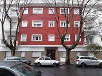 Depto. 2 ambientes a la calle en zona Plaza Mitre