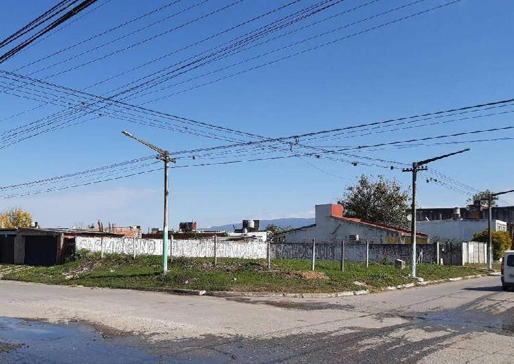 Excelente Terreno Esquina - Barrio FEPUT