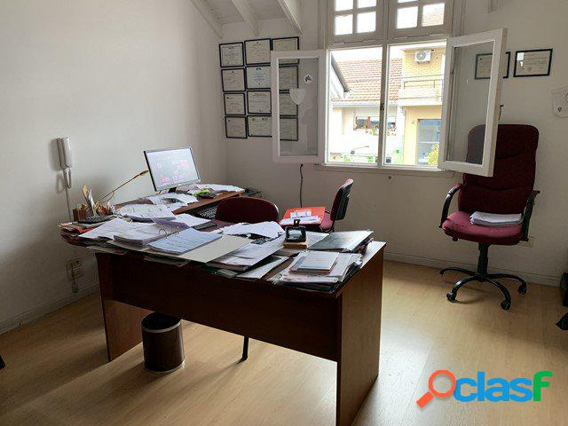 Excelente Oficina 40 m2 z/Güemes