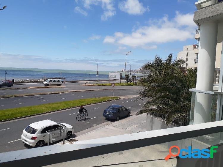 Semipiso 3 ambientes con cochera y vista al mar