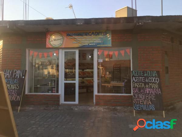 B° San Carlos - Casa con locales comerciales