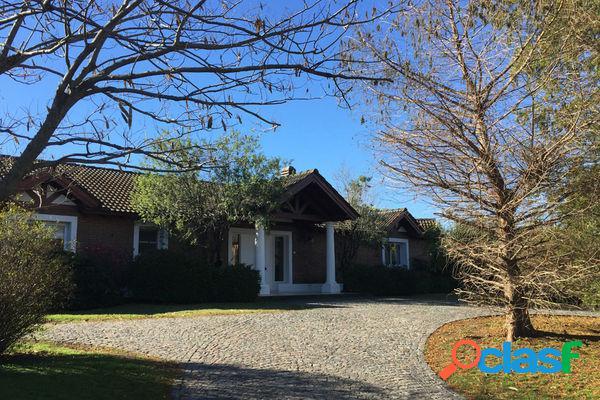 Casa en Santa Barbara ENERO, (consulte por otras casas y