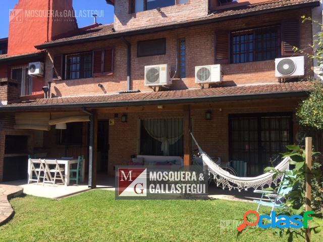 Casa en alquiler de temporada en La Horqueta