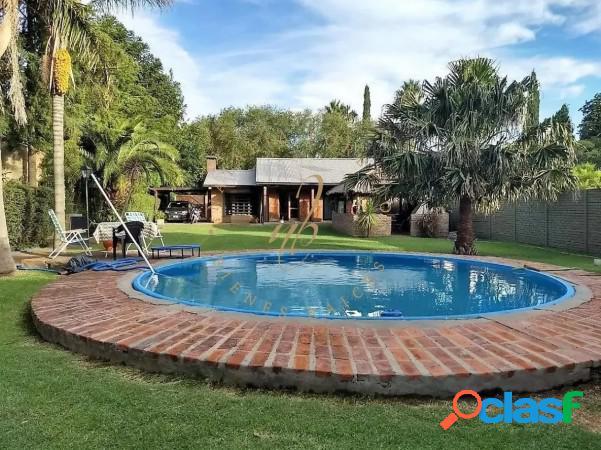 Hermosa casa en excelente zona de parque Sicardi
