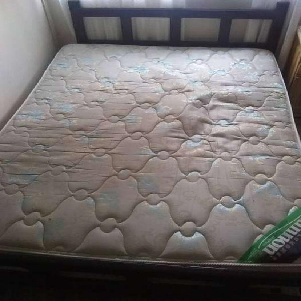 Vendo cama de 2 Plazas con colchon