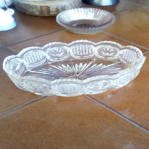 centro de mesa antiguo en vidro tallado