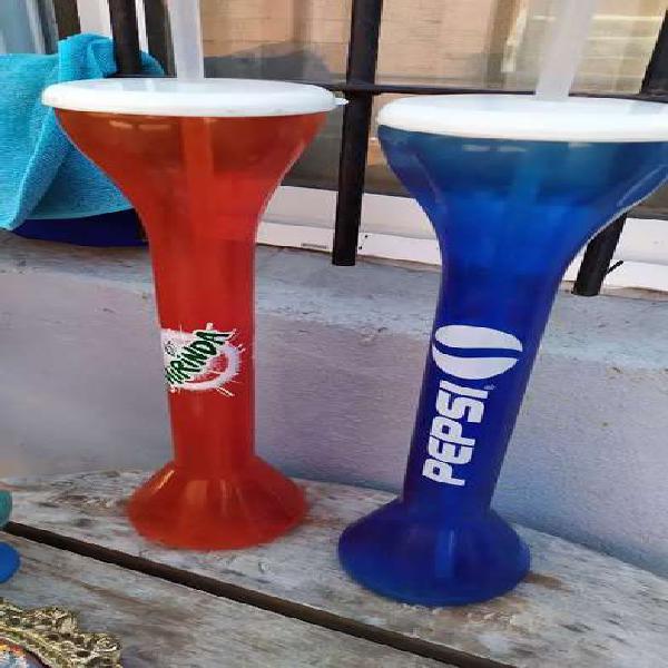 Vasos altos 38cm de cine vintage Pepsi y Mirinda. Pagos en