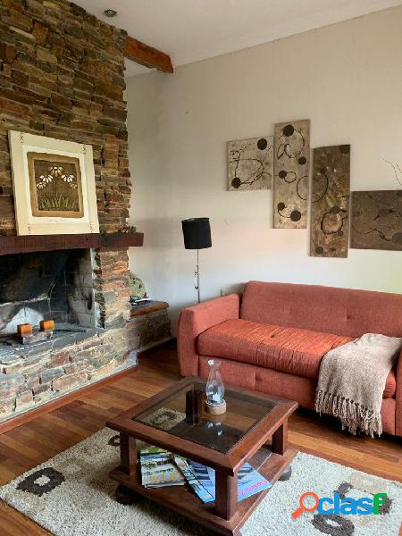Impecable Chalet 4 ambientes bºZacagninni