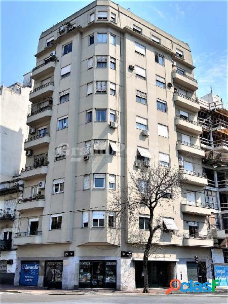 Semipiso de 4 ambientes con balcon y dependencia