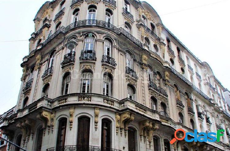 Semipiso 5 ambientes con balcon y dependencia