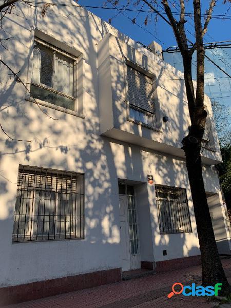PH en venta 3 ambientes en primer piso por escalera en