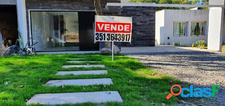 Se vende hermosa casa de dos dormitorios en Villa Catalina