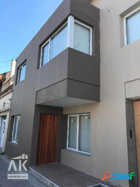 Venta PH 2 ambientes con terraza